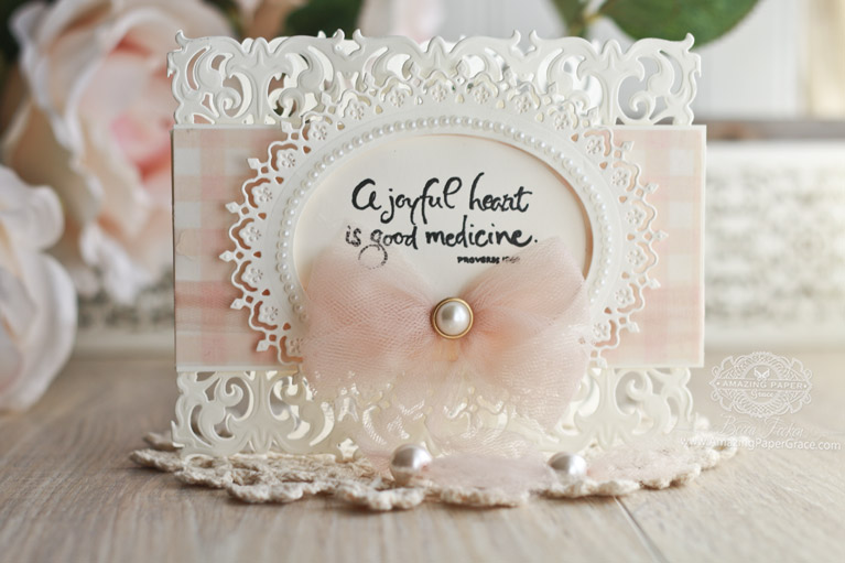 Card Making Ideas by Becca Feeken using Spellbinders Graceful Damask Border and Spellbinders Oval Majesty - see full supply list at www.amazingpapergrace.com