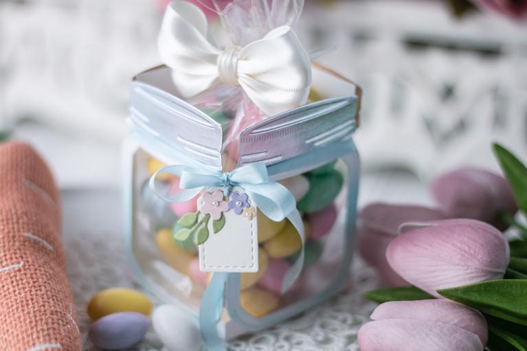 Amazing Paper Grace March 2021 Die of the Month - 3D Mini Vignette Floral Mason Jar - detailed information at www.amazingpapergrace.com/?p=36979